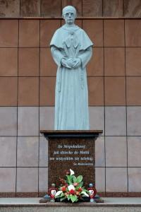 Poświęcenie pomnika Św. Maksymiliana Kolbego