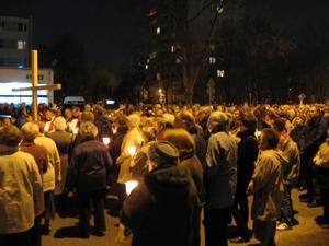 Droga krzyżowa ulicami parafii - 2010